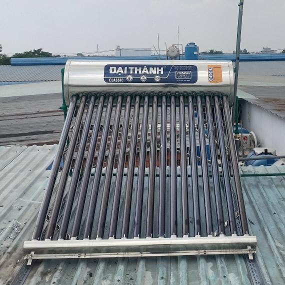 máy nước nóng năng lượng mặt trời Đại Thành 180l