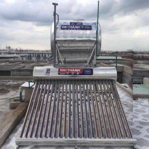 Máy nước nóng năng lượng mặt trởi 250l tân á đại thành