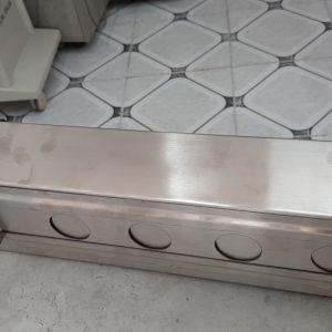 hộp đựng bàn chải phẩu thuật